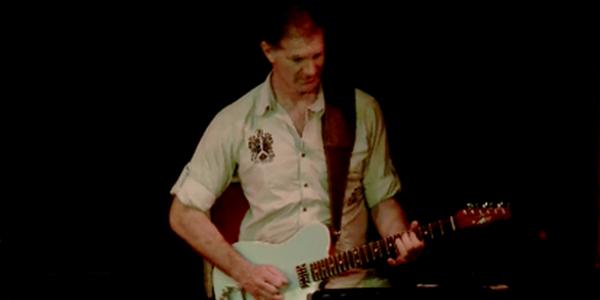 Philippe Oltra (Guitare 1)
